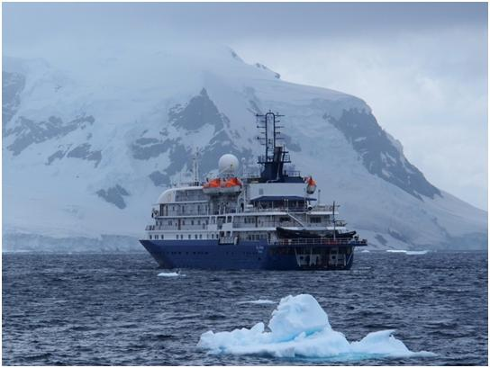 The Sea Spirit, avec icebergs. Our cabin is, erm, completely invisible in this photo