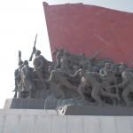 Bronze monollithic revolutionaries. Ooooh.